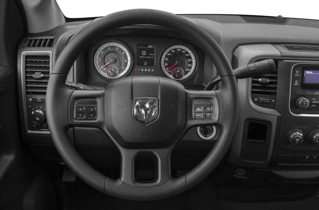 RAM 1500 Interior Daphne